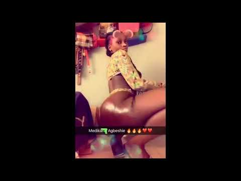 Booty Ghanaian, Slay Queen goes unclad in #WrowrohoChallenge video on Social Media - 2 thumbnail