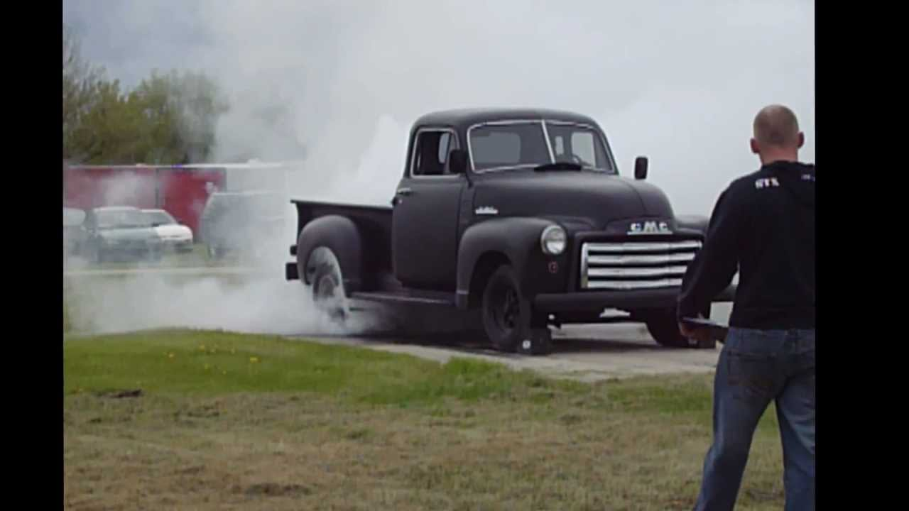 car show burnout competition in steinbach mb youtube. Black Bedroom Furniture Sets. Home Design Ideas