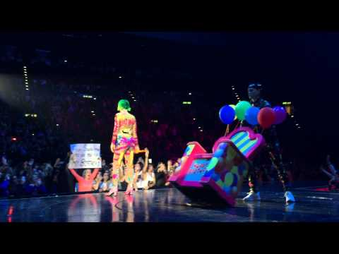 Katy Perry Live in Zurich - Birthday