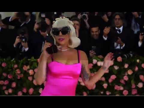Lady Gaga - Met Gala Red Carpet