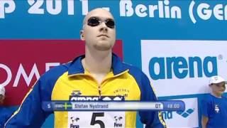 Vancouver's Brent Hayden grabs the Gold in the 100 free at the FINA World Cup in Berlin