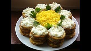 Праздничный Салат-Торт из крекеров за 10 минут. Вкусно и Красиво.
