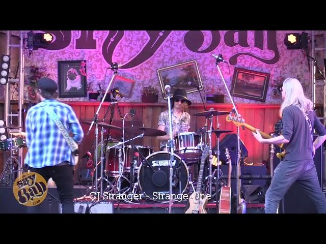 Strange One - live at Skyball, Dashville
