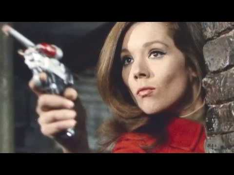 Pick A '60s Chick Playoffs Round 2: Diana Rigg or Mary Tyler Moore? Match 1 of 8 YOU decide