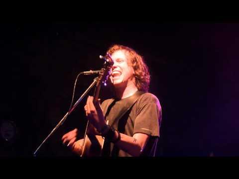 Tom Gabel - Reinventing Axl Rose (Pirate Satellite Festival, Stuttgart 28.4.2012)