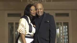 Watch Peabo Bryson I Cant Imagine video