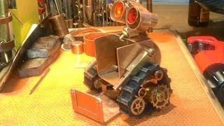Steampunk. Mini робот WALL'e (часть2) своими руками. https://vk.com/id299813882
