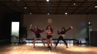 YG DANCER -  DDU-DU-DUU-DU (뚜두뚜두) BLACKPINK Original dance choreography
