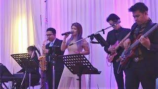 Ánh Trăng Lẻ Loi (The Moon Represents My Heart) | Live Performance by Chien 芊