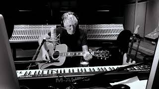 Roger Waters - Mother (Acoustic Version)