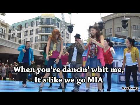 Selena Gomez & Bella Thorne & Zendaya - Shake It Up