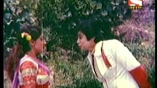 Download Video ঝয়ড় ঝয়ড় JHAREY JHIL এমআইএল ঝর্ণা (DUTI দ্বারা PATA, 1983) MP3 3GP MP4