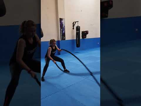 battle-rope-cross-fit-upper-body-fitness-calorie-fat-burning-weight-loss-gym-transformation-workouts