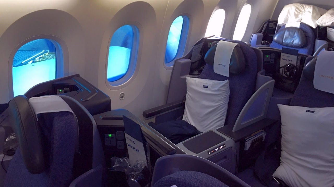 Inside United BusinessFirst Cabin Boeing 787-9 Dreamliner and more