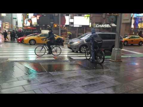 FDNY EMS Responding On Broadway In Manhattan, New York