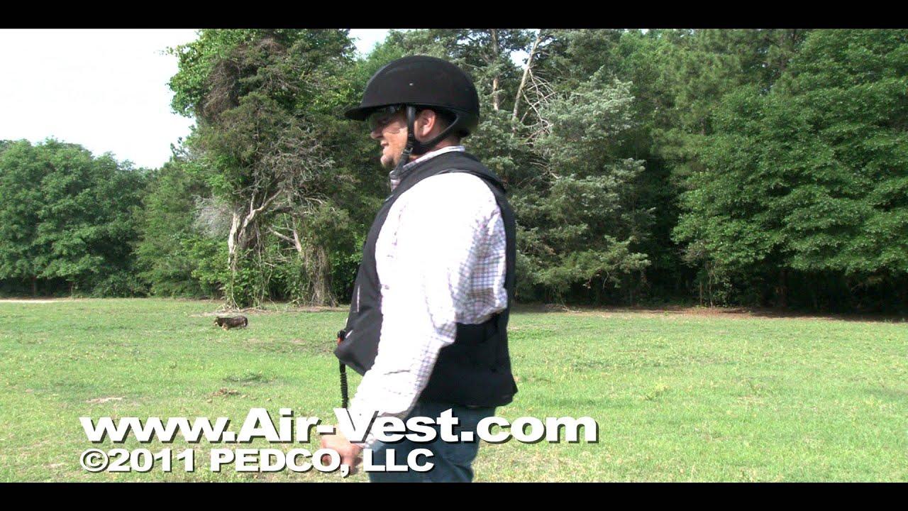 d1750a967a98d Hit Air Equestrian Airbag: the New Advantage model - YouTube