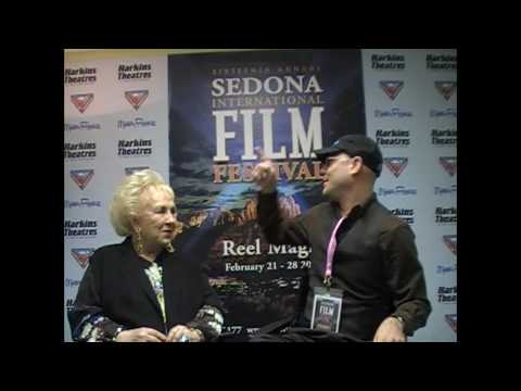 Doris Roberts Talks with Allen Elfman