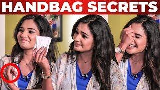 Baixar Sanitary Pad Inside Actress Sharanya Handbag | Nenjam Marappathillai | What's Inside the HANDBAG