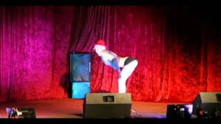 Wichita Burlesque - Vivienne Mockingbird doing Cheap and Evil Girl