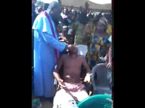 EXPOSED: Fake Miracle By Popular Nigerian Pastor Caught on Camera