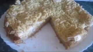 Яблочный пирог из песочного теста и белковым кремом