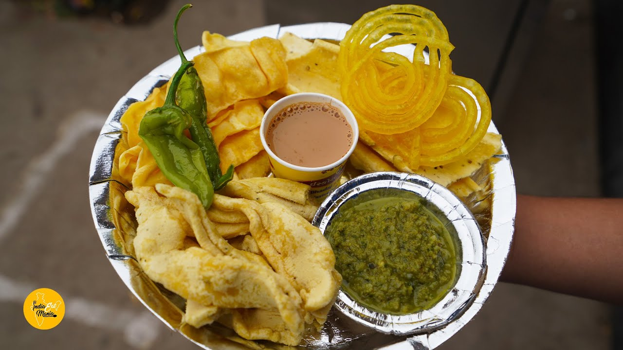 Most Famous Iscon Gathiya of Ahmedabad l Modi ji Favourite Chai Gathiya l Ahmedabad Street Food