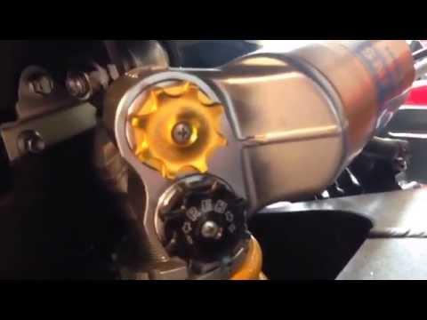 Triumph Daytona R vs
