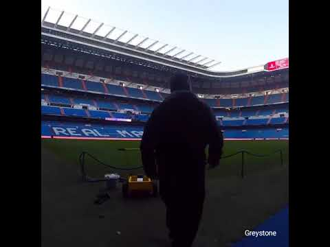 OMG Real madrid pitch creation  technology .