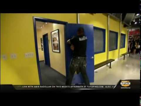 Tito Ortiz u0026 R&age Jackson vs Doors (New TUF Tradition ...) - YouTube & Tito Ortiz u0026 Rampage Jackson vs Doors (New TUF Tradition ... pezcame.com
