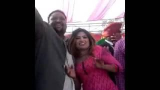 Punjabi DJ dance