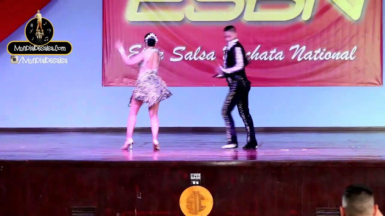 Kike Alar y Viviana Hernández