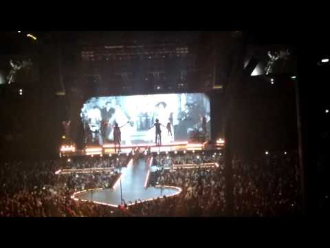 Illuminati - Madonna Rebel Heart Tour México 07.01.2016
