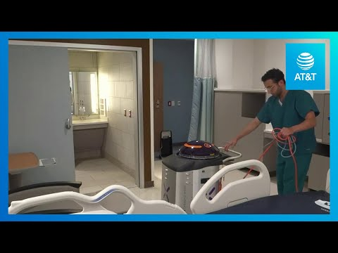 hospitals-use-lightstrike-robots-to-disinfect-patient-rooms