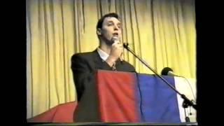 Aleksandar Vučić u okupiranoj Glini 1995