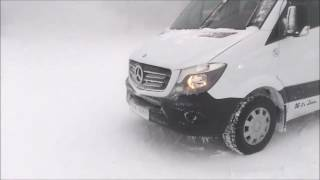 Tarih 17 Mart 2017, Uludağ Sarılan'da kar,  tipi ve sis