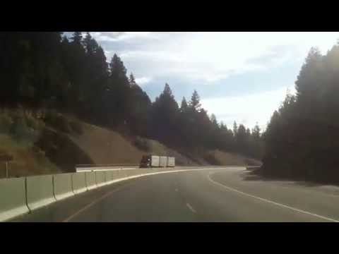 BEAUTIFUL SCENIC DRIVE EUGENE TO GRANTS PASS OREGON MOUNTAINS MUSIC  I5 HIGHWAY,BREATHTAKING VIEWS