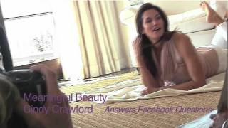 Meaningful Beauty with Cindy Crawford - Tip for smile lines Thumbnail