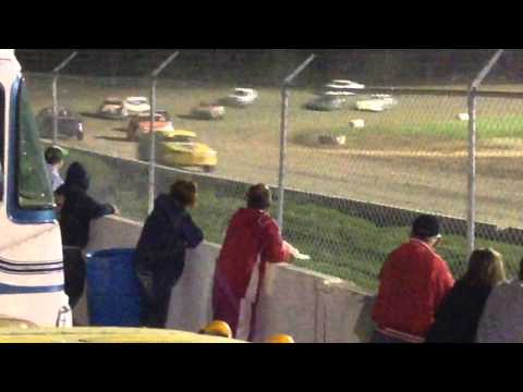 34 raceway 5-2-15 stock car feature pt2