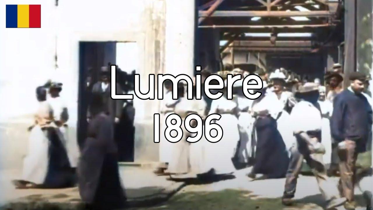 Download [DeOldified] Lumiere 1895 Sortie de l'Usine Lumière à Lyon Workers Leaving Factory