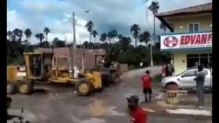 [Atual7] Briga de tratores em Afonso Cunha, Maranhão