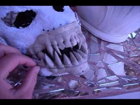 Disfraz de demonio con alas plegables parte2 youtube - Mesas con alas plegables ...