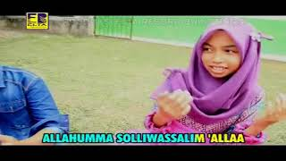 Download Pop Minang Religi - Merlin Claudia - Lil Abi Wali Ummi (Official Video Lagu Minang)
