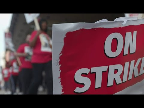 Workers strike at Westin Book Cadillac in Downtown Detroit
