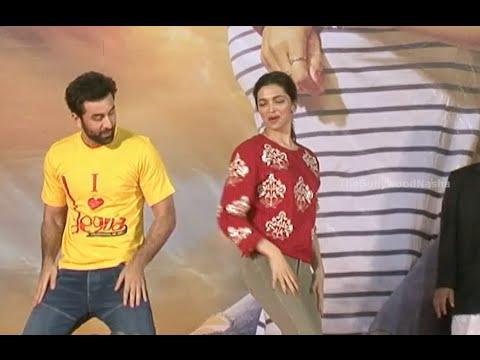 Ranbir Kapoor and Deepika Padukone Performing at Tamasha ...