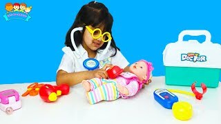 Cutie Play Baby Sitting for Crying Baby Doll, Funny | Katy Cutie Show