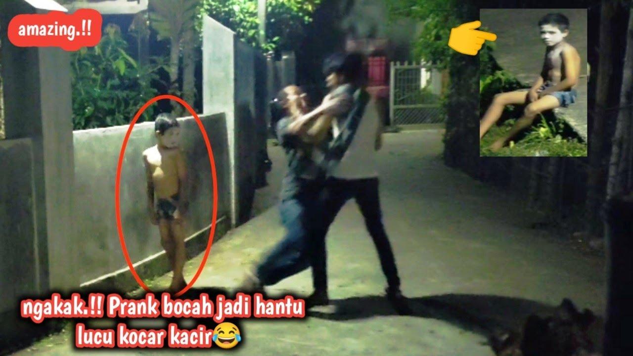 Download lucu.!! prank bocah jadi hantu jalanan serem auto Nangiss😂 kocar kacir.!!!!