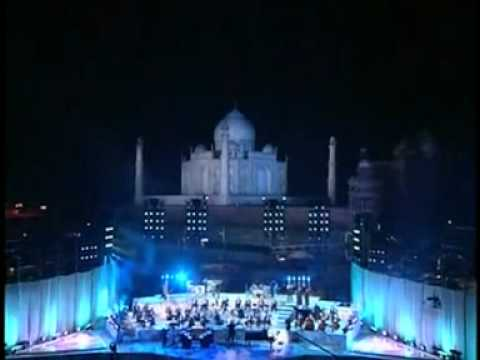 TRIBUTE - YANNI... En el Taj Mahal.
