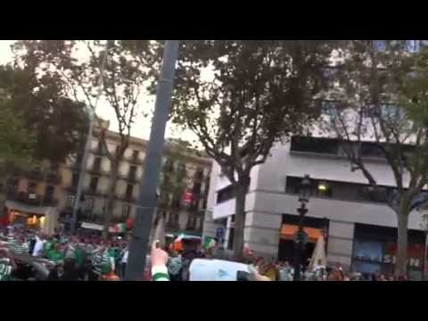 Come on you bhoys in green in Barcelona square