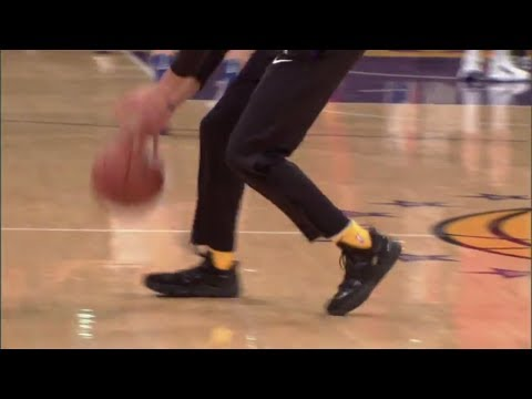 Download Youtube: Lonzo Ball wearing BBB shoes during Lakers warmups | ESPN