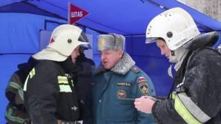 Аварийно-восстановительные работы на месте взрыва газа в Саратове